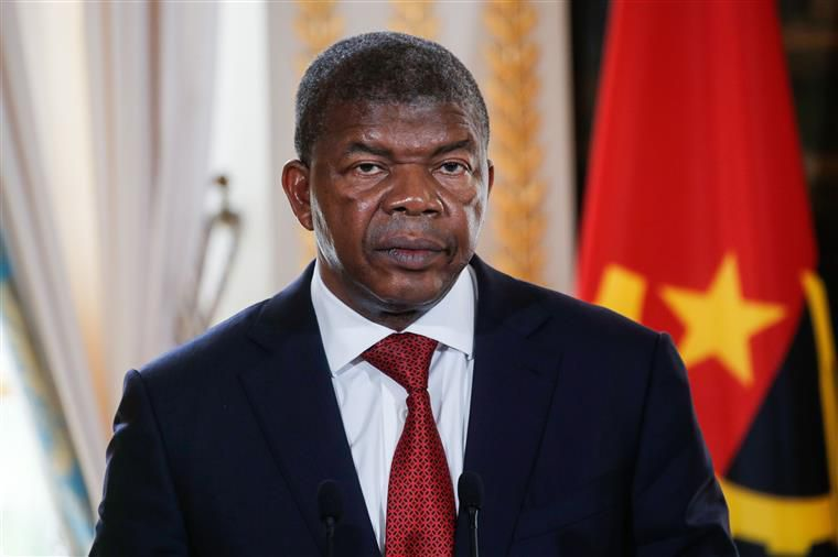 Angola admite deixar de pagar dívida com petróleo, disse PR João Lourenço