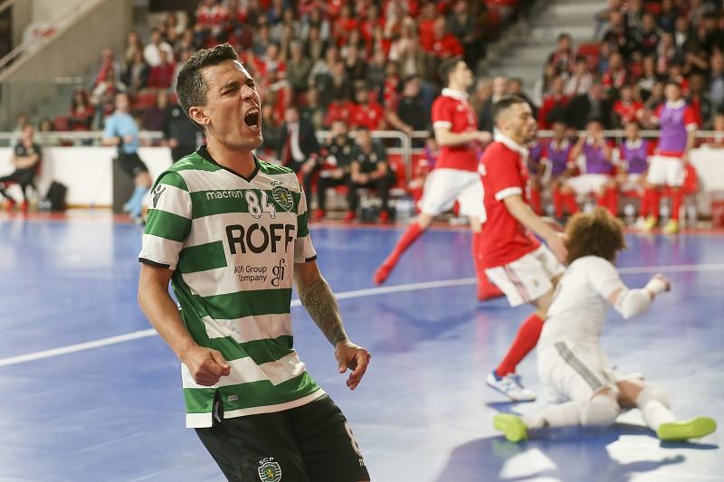 Benfica derrota Sporting e empata final da Liga portuguesa de futsal ... 9c15c7a9097f2