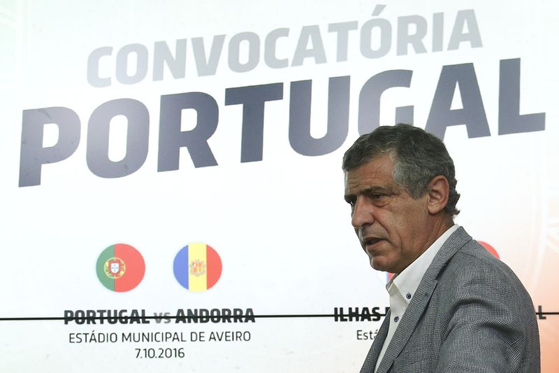 Portugal national team press conference • Portugal's head coach Fernando Santos attends a press conference of the national team in Oeiras, outskirts of Lisbon, Portugal, 29 September 2016. Portugal faces Andorra and the Faeroe Islands for a Russia World Cup 2018 qualifier. ANTONIO COTRIM/LUSA • © 2016 LUSA - Agência de Notícias de Portugal, S.A.