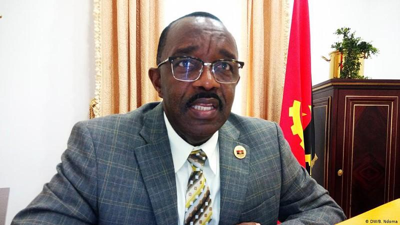 Angola: CASA-CE quer suspender mandatos de oito deputados no Parlamento