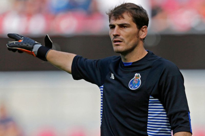 Casillas rejeita solu • Di
