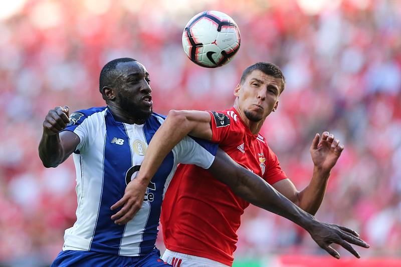 Resultado de imagem para Porto vence o Benfica e está na final da Taça da Liga