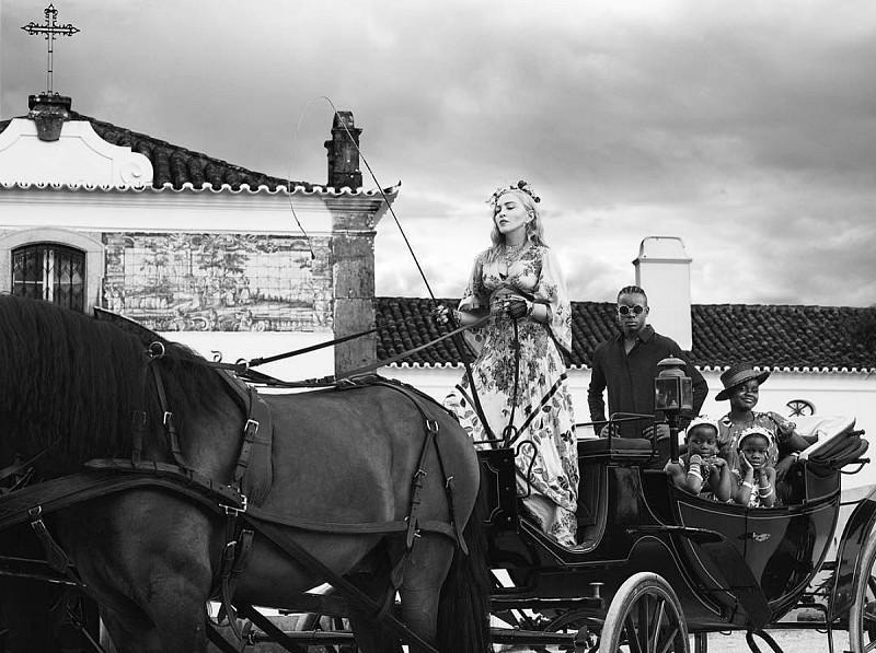 9f61c118098 Madonna veio morar para Lisboa faz hoje precisamente um ano ...