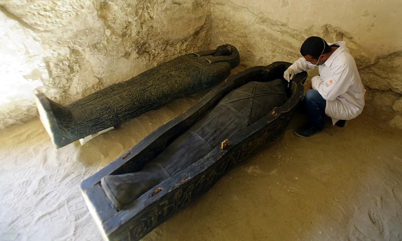 Resultado de imagem para Egito anuncia descoberta de túmulo faraónico em Luxor