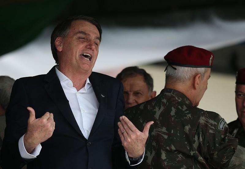 Resultado de imagem para Presidente brasileiro diz que se houver indulto de Natal este ano será último