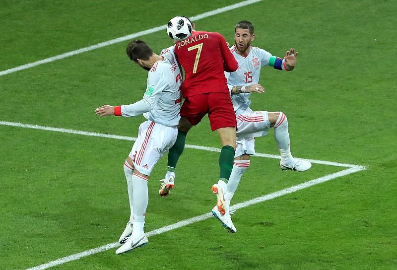 Direto  A análise de Rui Lança e Pedro Ferreira ao empate entre Portugal e  Espanha 7904393d084fb