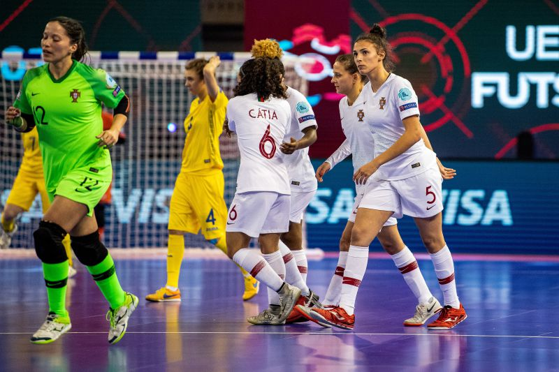 Portugal está na final do Europeu de futsal feminino - Futsal - SAPO ... 7adc654242dc5