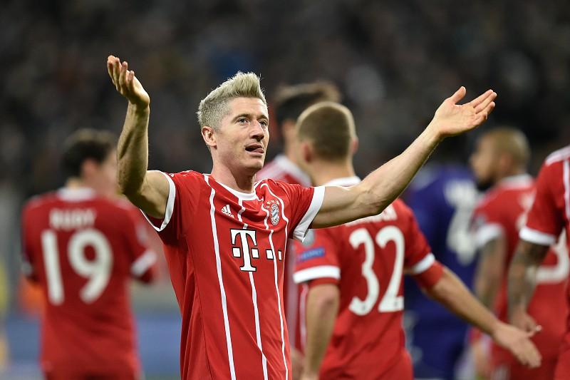 Lewandowski entrou para o top-10 dos melhores marcadores de sempre na  Bundesliga f5d4a68727b28