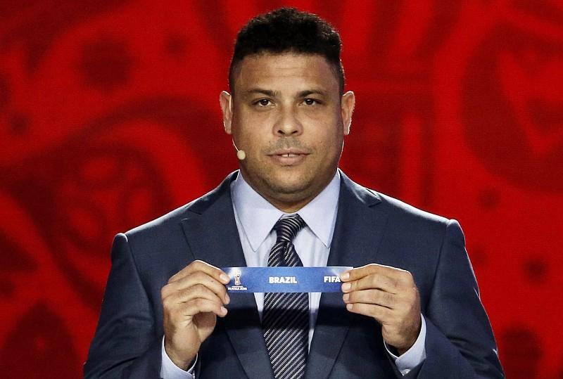 9d78ff6175 Brasileiro Ronaldo comprou 51% das ações do Valladolid - Desporto ...
