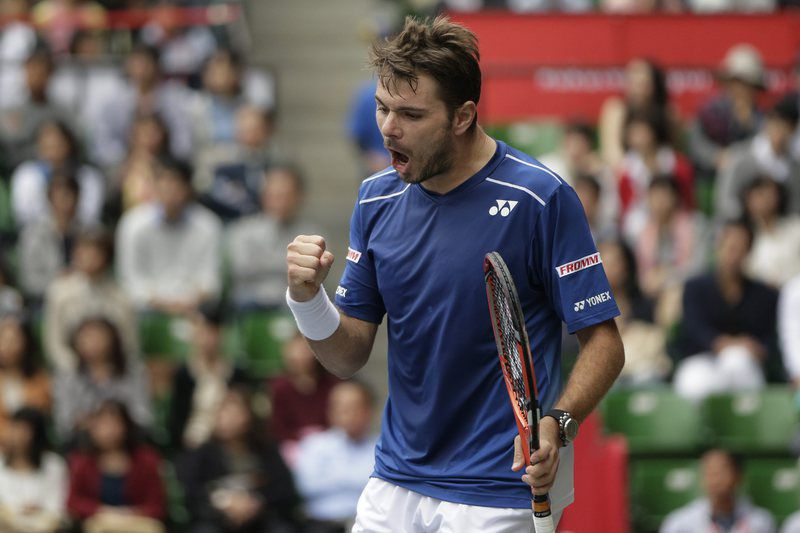 Tennis Japan Open • epa04971433 Stanislas Wawrinka of Switzerland celebrates a point against Gilles Muller of Luxembourg in the men's singles semifinal match of the Japan Open Tennis Championships in Tokyo, Japan, 10 October 2015.  EPA/KIYOSHI OTA • Lusa