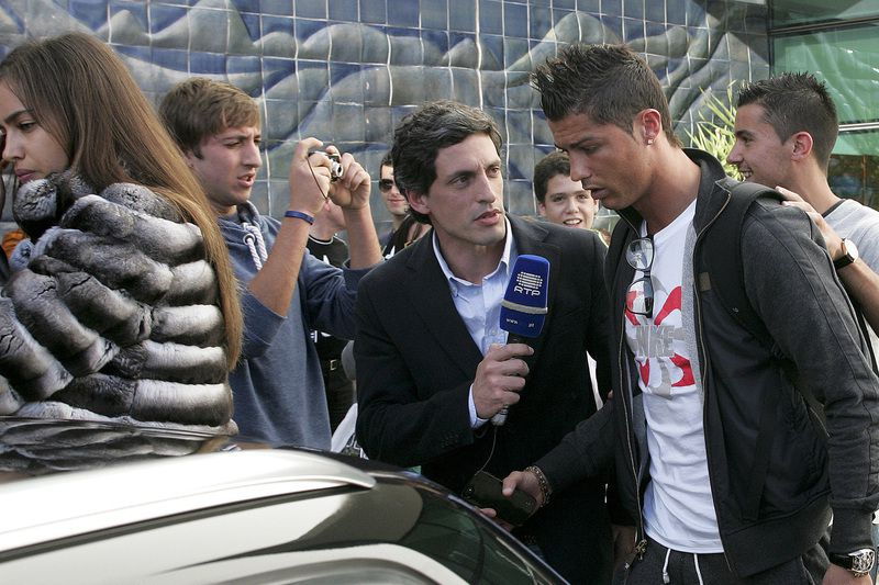 Cristiano Ronaldo • The Real Madrid and the Portuguese national team player Cristiano Ronaldo (C) accompanied by his son (R) and girlfriend the top model Irina Shayk (L) upon their arrival at the airport of Funchal where they will spend the New Year's Eve in Funchal, on Madeira Island, Portugal, 31 December 2012.  • HOMEM DE GOUVEIA / LUSA