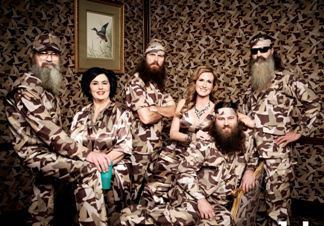 Willie, Korie, Miss Kay, Jase, Phil & Si Robertson of the A&E series DUCK DYNASTY Photo Art Streiber/A&E ©2013 A&E Networks