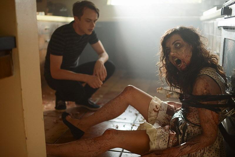 10 Film Zombie Yang Akan Membuat Kita Mati Tertawa
