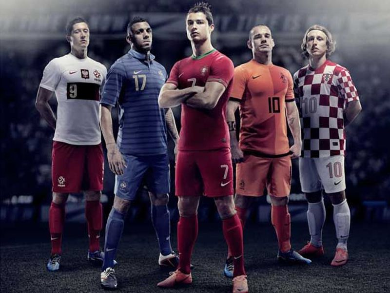 Os números e os jogadores de Portugal - Euro 2012 - SAPO Desporto bf790fc746283