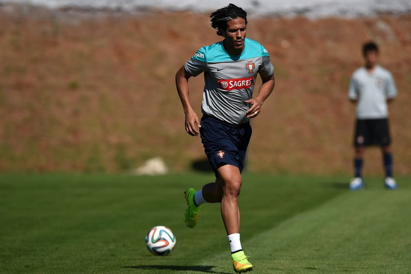 Bruno Alves • FRANCISCO LEONG / AFP