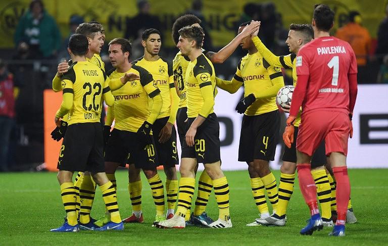 Raphael Guerreiro ajuda Dortmund a reforçar a liderança na Alemanha ... 77505997dec3f