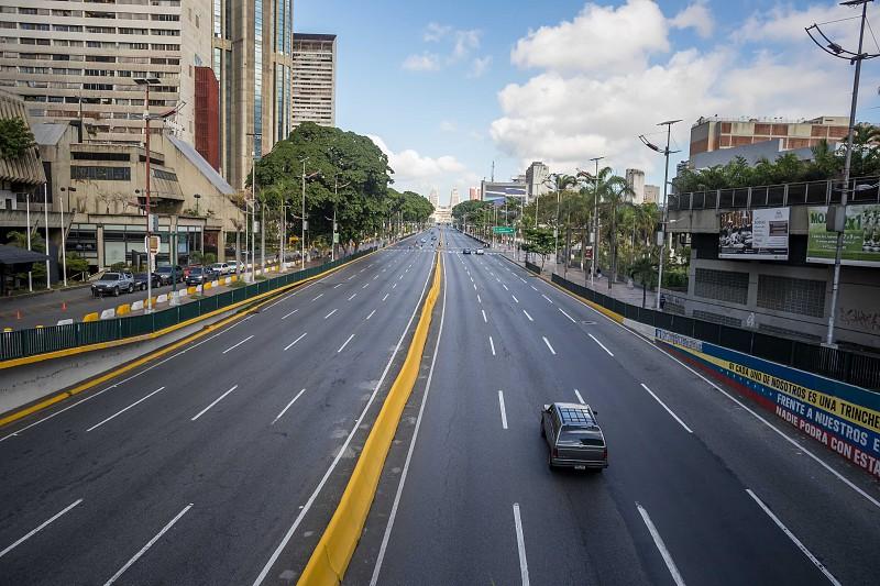 Resultado de imagem para Greve geral esvazia ruas de Caracas