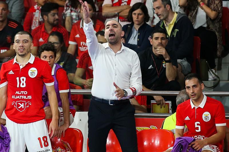 Futsal  Benfica goleia Fundão mantém-se 100 por cento vitorioso ... 85ee57af73ee0