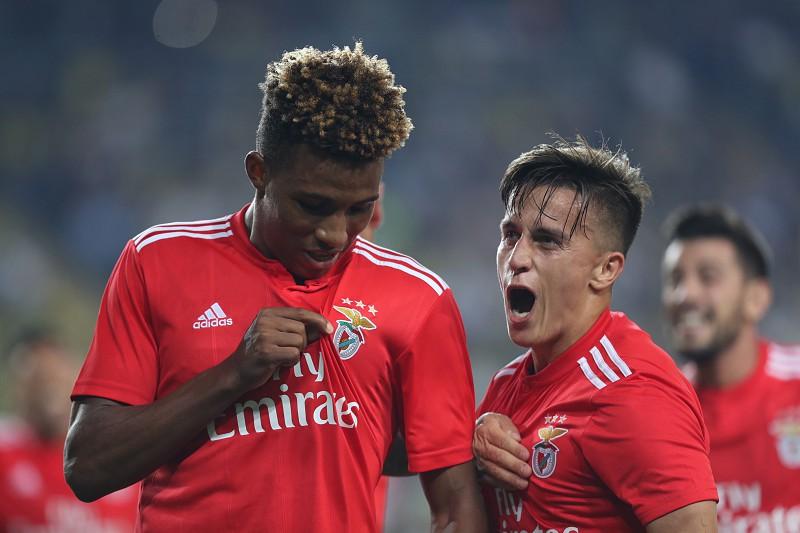 9c71850347380 Benfica e Sporting em busca do segundo triunfo antes do  clássico ...
