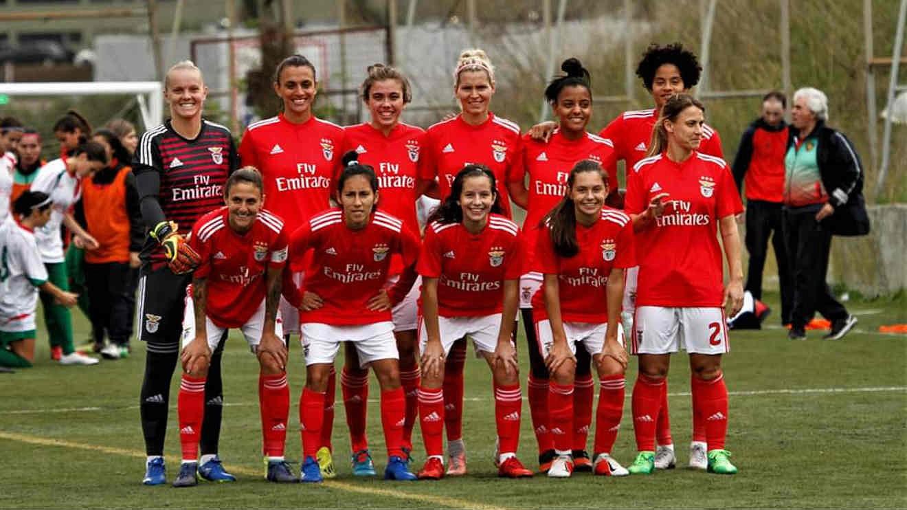 fec2aeaa78 Benfica no feminino. Ainda agora chegou e já bate recordes - Futebol ...