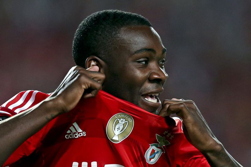 bfe1d01d8132755ffa088d6e1cabba5db75fc326.jpg • Ola John of Benfica celebrates after scoring a goal against Maritimo during the Portuguese League Cup final held at Cidade de Coimbra Stadium, Coimbra, Portugal, 29 May 2015. JOSÉ COELHO/LUSA • © 2015