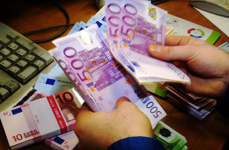 Resultado de imagem para Dos 27 municípios com dívidas acima do limite, cinco estão em rutura financeira