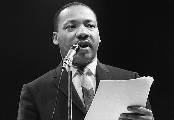 O corpo jaz, mas o sonho não. Martin Luther King em sete discursos