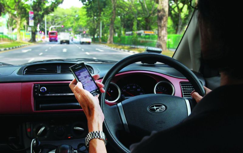 Polícia inglesa utiliza tecnologia para detetar o uso de telemóvel ao volante