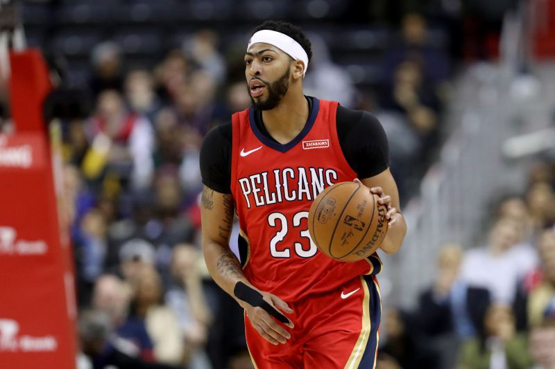 Anthony Davis junta-se a LeBron James nos Lakers