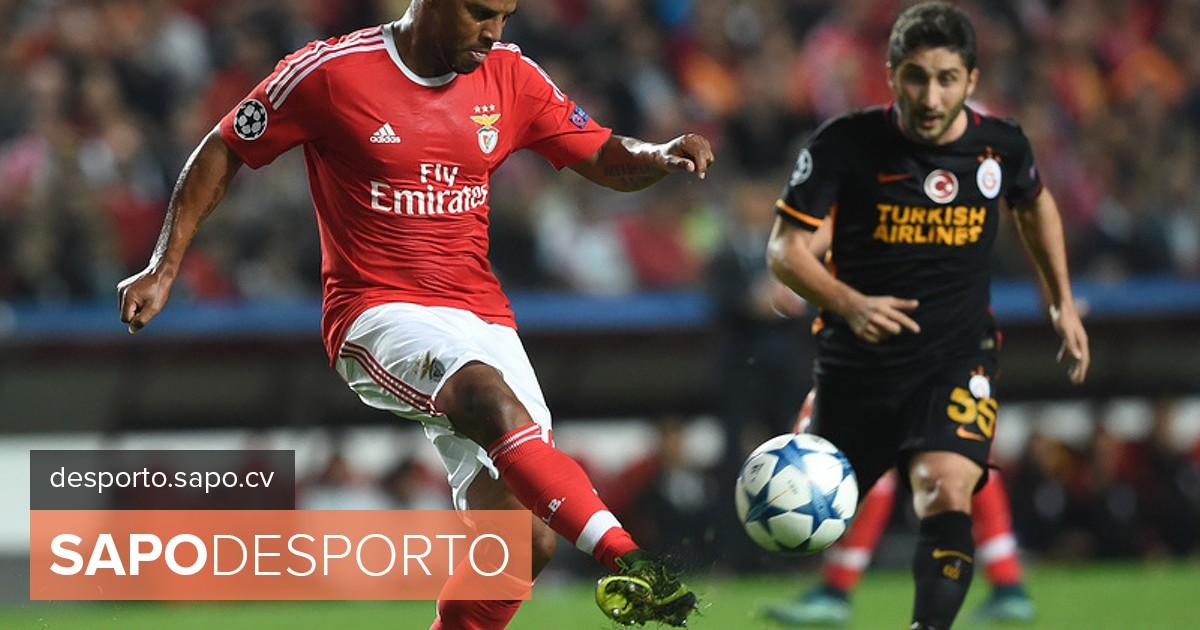 61c27b516 Renovações de Benfica e FC Porto dominam manchetes - I Liga - SAPO Desporto