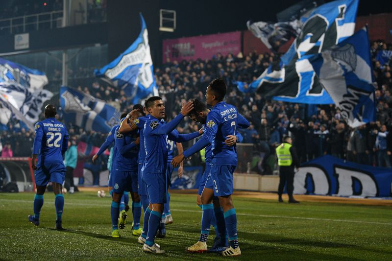 FC Porto procura 18.ª vitória seguida e Benfica joga pela primeira vez sem  Rui 8903b7a5ced00