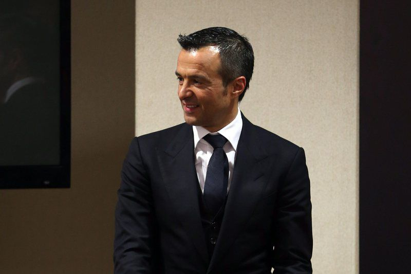 Presentation of the book 'Jorge Mendes, The Special Agent' • epa04601435 Portuguese soccer agent Jorge Mendes during the presentation of the book 'Jorge Mendes, The Special Agent' in Lisbon, Spain, 02 February 2015.  EPA/MANUEL DE ALMEIDA