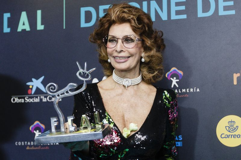 Sophia Loren vai regressar ao cinema como sobrevivente do Holocausto