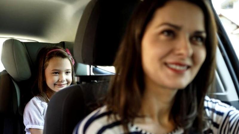 Viajar no banco de trás do carro não é mais seguro, indica estudo