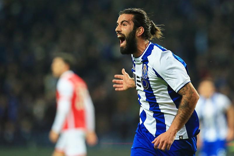 Sergio Oliveira podpisuje kontrakt do 2021 roku