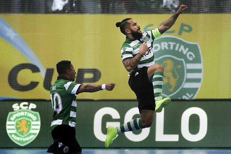 Futsal  Sporting vence Fundão e apura-se para as meias-finais da Taça f83106be23400