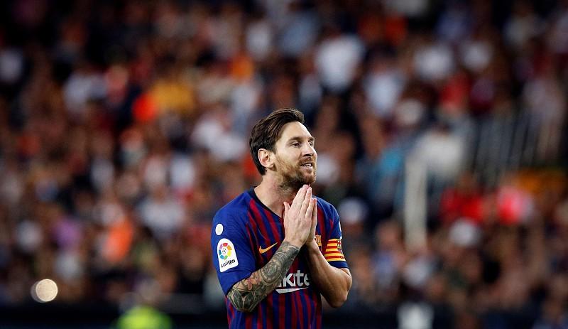 7c021be81d FC Barcelona empata em Valência 1-1 e Sevilha é líder isolado ...