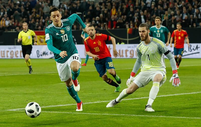 c022a85b52 Alemanha e Espanha empatam em jogo de preparação para o Mundial 2018 ...