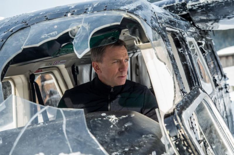 James Bond enfrenta novo