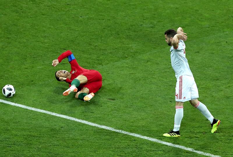 Mundial 2018  As imagens do Portugal-Espanha em Sochi - Mundial 2018 ... edbe63c9adea5