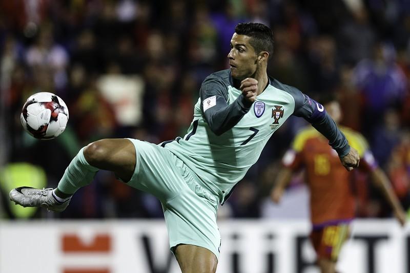 bda2541393 Cristiano Ronaldo deverá ser eleito  The Best  pela quinta vez ...