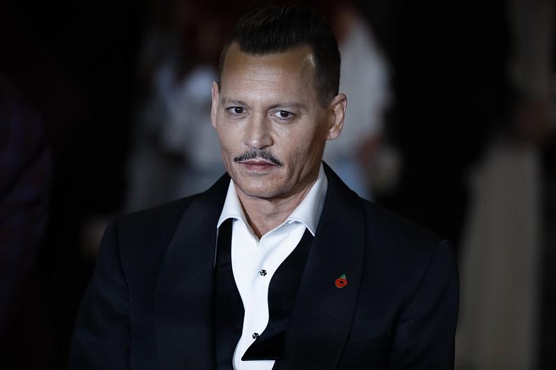 Johnny Depp evita tribunais e chega a acordo com antigos representantes