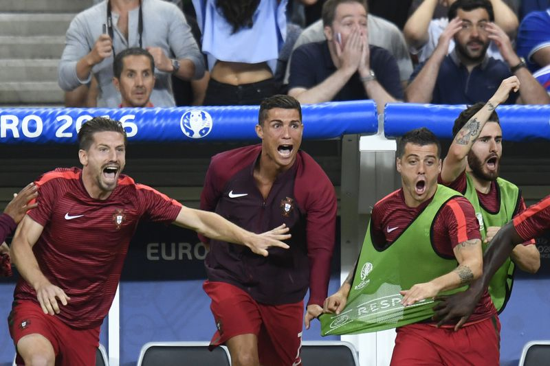 Histórico! Portugal é campeão da Europa - Euro 2016 - SAPO Desporto c06f09f835a26