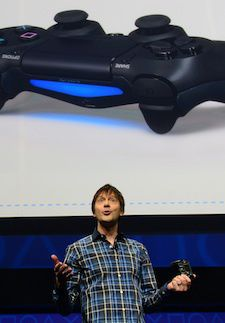 Video game designer Mark Cerny talks about the new controler Bioshock 4 as Sony introduces the PlayStation 4 at a news conference February 20, 2013 in New York.  AFP PHOTO/EMMANUEL DUNAND