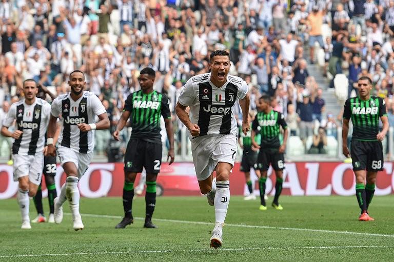5f627304df Cristiano Ronaldo  bisou  na vitória da Juventus frente ao Sassuolo ...