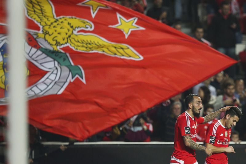 Benfica vs Arouca • Benfica's Konstantinos Mitroglou (L) celebrates with his teammate Luis Fernandes