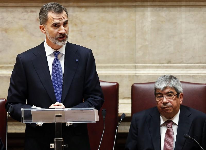 Resultado de imagem para assembleia republica rei espanha