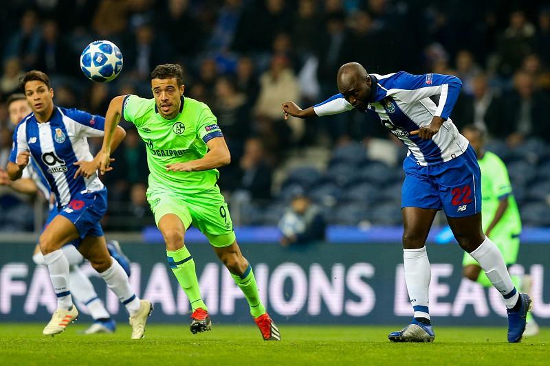 Resumo  FC Porto garante vitória no grupo 06a8b427a9131