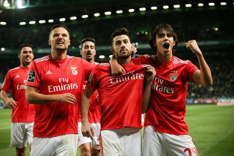 Resultado de imagem para SL Benfica é o único clube português entre os maiores do mundo para a France Football