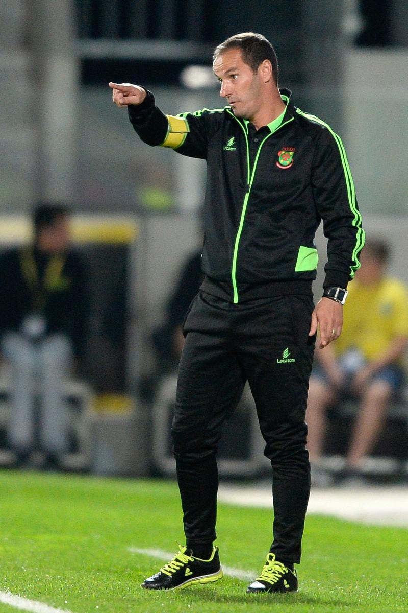 Paços de Ferreira é o primeiro clube a mudar duas vezes de treinador na I  Liga Petit ... 7c1182dcdad96